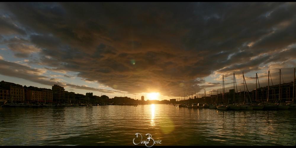 400D_Marseille_VieuxPort_270213
