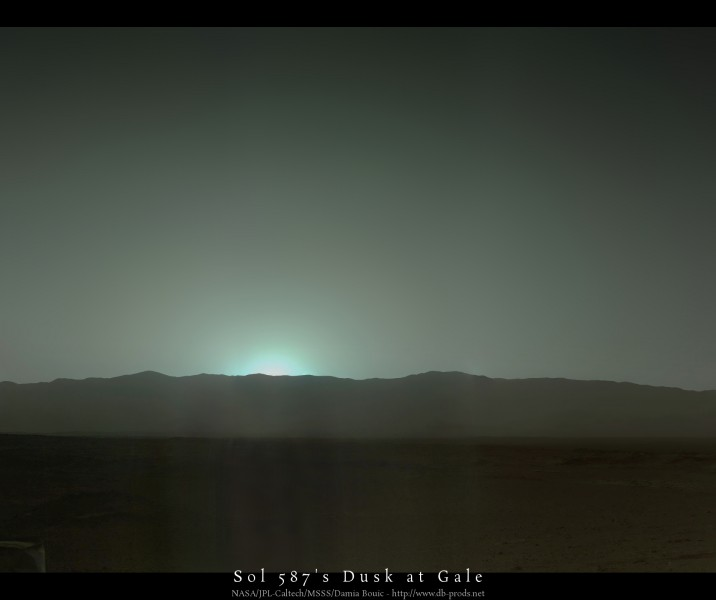 Sol587_Mastcam34_postcard_web