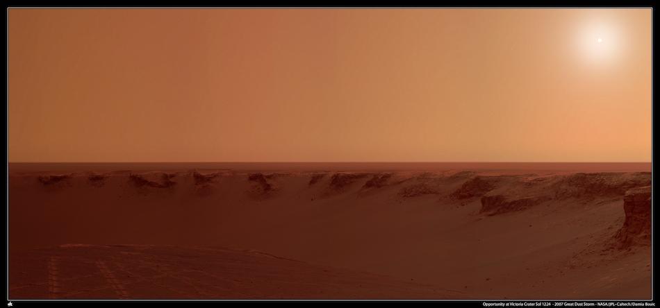 sol1224-victoria-grandetempete2007-pds-sky-postcard
